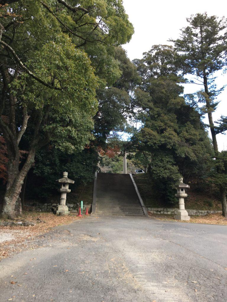 豊国廟 駐車場からの階段