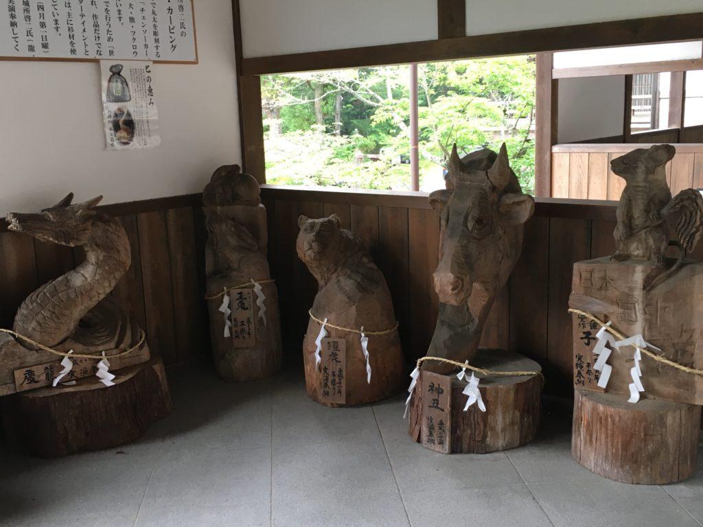 伊太祁曽神社 チェーンソーカービング