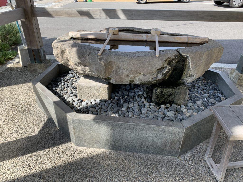 大山神社の手水舎